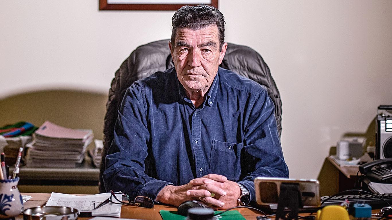"""Emilio Calatayud: ¿Son los jóvenes culpables de la segunda ola? """"No. Son los políticos y la Policía que no sanciona"""""""